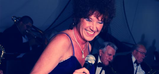 Main Street Swing Band featuring Nannette